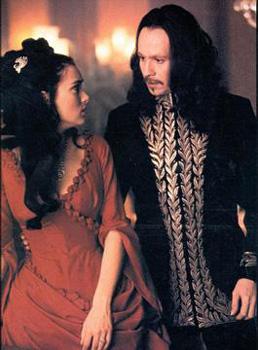 Le comte Dracula et sa bien aimée.