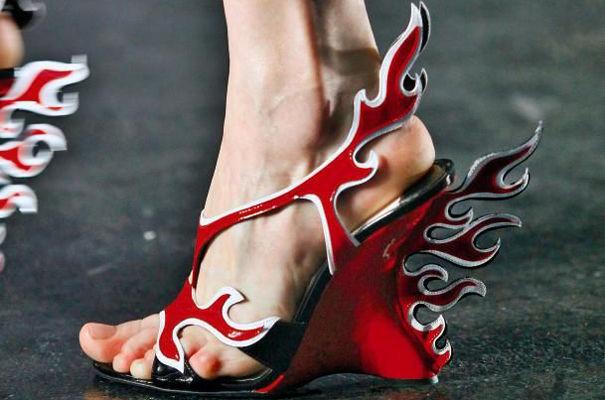 Sandales Rouges.