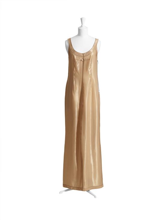 La robe longue nude.