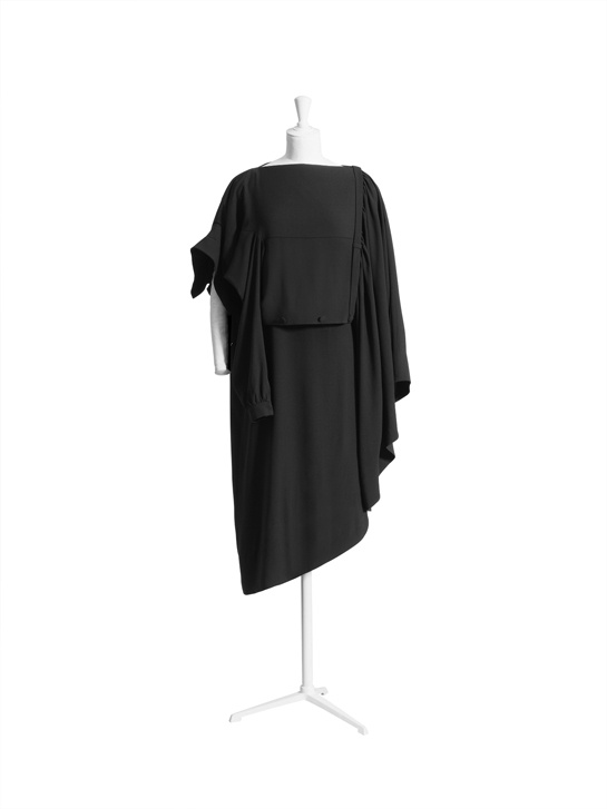 La robe noire.