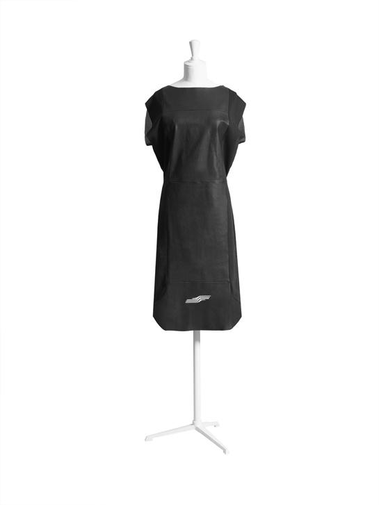 La robe noire 3.