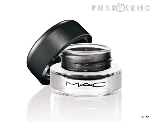 Un eye liner gel Mac par CR.
