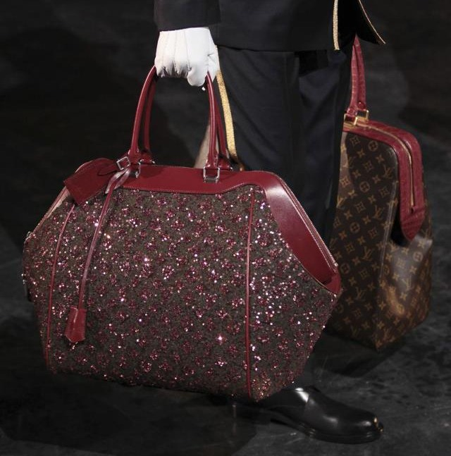 Doctor bag Vuitton.