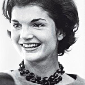 Le collier de Jackie Kennedy.